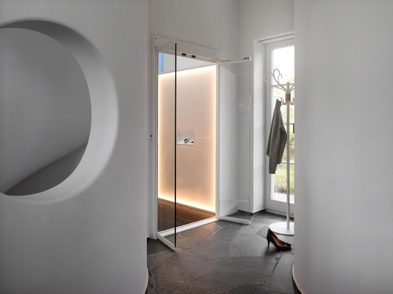 Age neutral lift designed by Alexander Lervik
