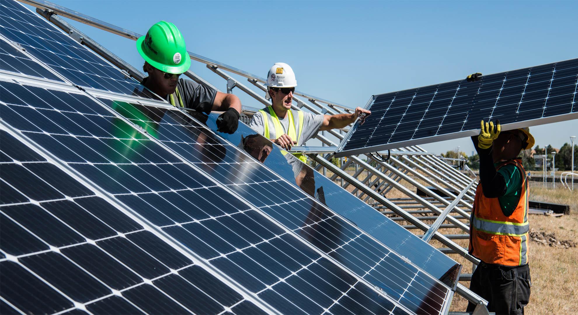 La inversión en la economía ecológica genera nuevos empleos. ©Science in HD/Unsplash