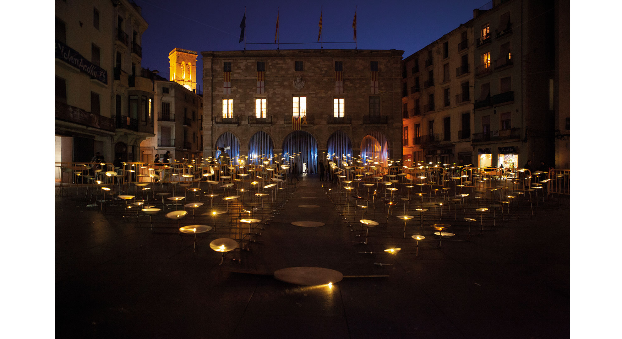'Tribute to Fragility', an art and ephemeral architecture installation in Manresa (Barcelo-na).